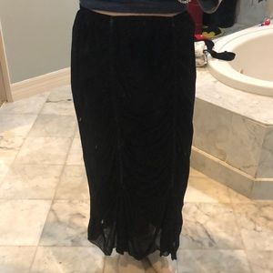 Rouched long skirt, rouched with black ribbon